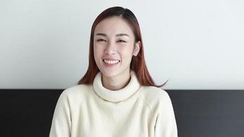 retrato de mulher asiática video