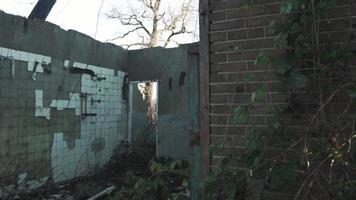 baño casa abandonada