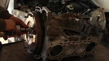 Repairs Flywheel Gear In Car Service