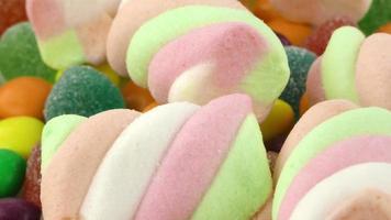 guimauve et bonbons sucrés et gonflés