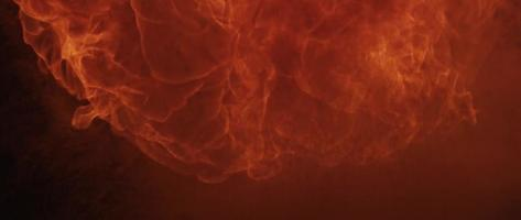 Explosión de fuego rápido con llamas naranjas en 4k