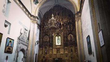 Retablo de oro de la iglesia de San Francisco de Asís
