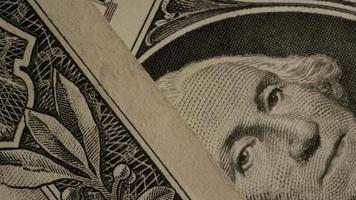Disparo giratorio de dinero americano (moneda) - dinero 491