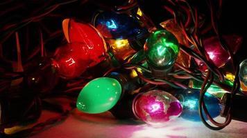 Plano cinematográfico giratorio de luces navideñas ornamentales - navidad 058