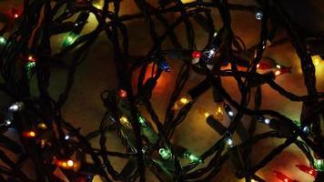 Plano cinematográfico y giratorio de luces navideñas ornamentales - navidad 050