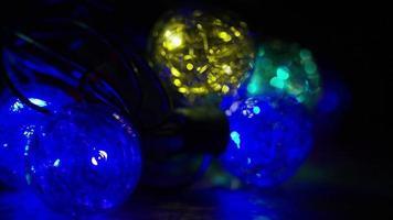 Plano cinematográfico y giratorio de luces navideñas ornamentales - navidad 034