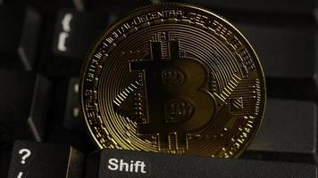 tiro giratório de bitcoins (criptomoeda digital) - bitcoin 0221