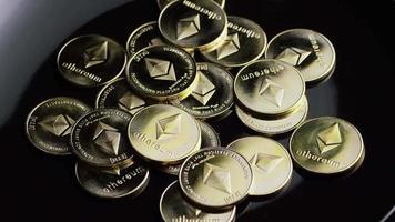 tiro giratório de bitcoins (criptomoeda digital) - bitcoin ethereum 141
