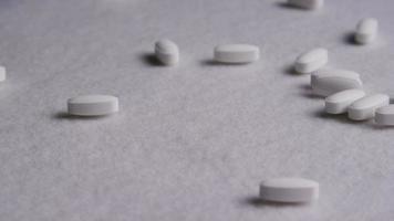 rotação de imagens de arquivo de vitaminas e pílulas - vitaminas 0042 video