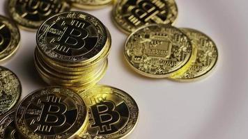 rotierende Aufnahme von Bitcoins (digitale Kryptowährung) - Bitcoin 0426