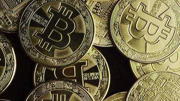 rotierende Aufnahme von Bitcoins (digitale Kryptowährung) - Bitcoin 0576