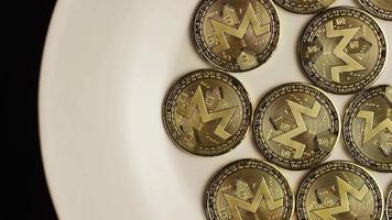 tiro giratório de bitcoins (criptomoeda digital) - bitcoin monero 003 video