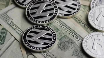 tiro giratório de bitcoins (criptomoeda digital) - bitcoin litecoin 608 video