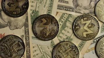 tiro giratório de bitcoins (criptomoeda digital) - bitcoin monero 187 video