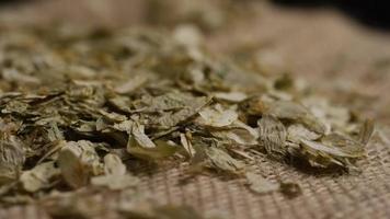 dose rotativa de cevada e outros ingredientes de fabricação de cerveja - fabricação de cerveja 305