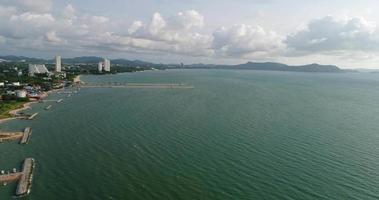 vista panoramica aerea della spiaggia di pattaya