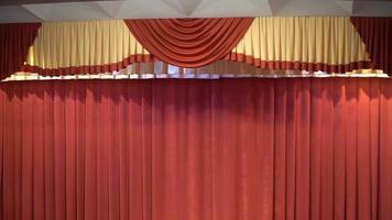 cortinas vermelhas
