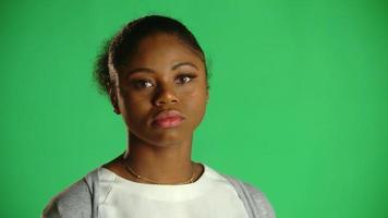 joven afroamericana actitud de chicle eyeroll 2