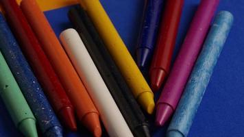 tiro giratório de giz de cera colorido para desenho e artesanato - giz de cera 021