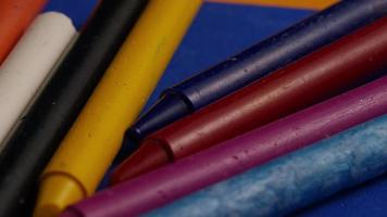 tiro giratório de giz de cera colorido para desenho e artesanato - giz de cera 022