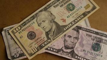 Disparo giratorio de dinero americano (moneda) - dinero 508