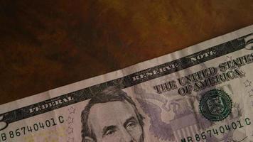 Tiro giratorio de dinero americano (moneda) - dinero 449