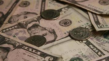 Disparo giratorio de dinero americano (moneda) - dinero 560