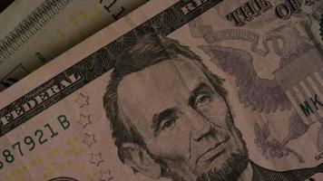 Disparo giratorio de dinero americano (moneda) - dinero 473