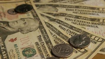 Disparo giratorio de dinero americano (moneda) - dinero 572