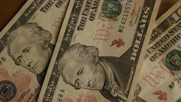 Disparo giratorio de dinero americano (moneda) - dinero 512