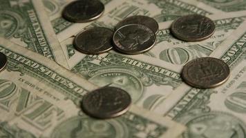 Disparo giratorio de dinero americano (moneda) - dinero 542