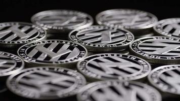 tiro giratório de bitcoins (criptomoeda digital) - bitcoin litecoin 406 video