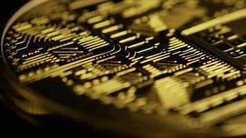 rotierende Aufnahme von Bitcoins (digitale Kryptowährung) - Bitcoin 0074