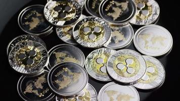 Tir rotatif de bitcoins (crypto-monnaie numérique) - ondulation de bitcoin 0185 video