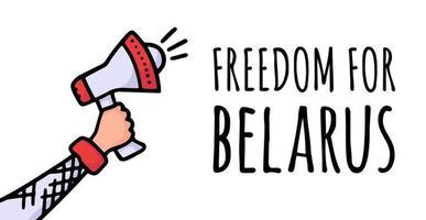 libertad para bielorrusia en el cartel. protestas en bielorrusia tras las elecciones presidenciales de 2020. un orador elevado