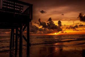 océano al amanecer