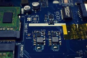 placa de circuito azul