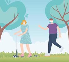 personas con mascarilla médica, mujer montando patines y hombre caminando en el parque, actividad de la ciudad durante el coronavirus vector