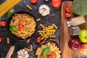 Spaghetti pasta with tomato and basil
