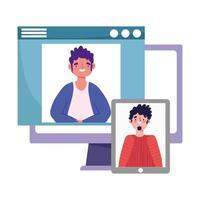 fiesta en línea, cumpleaños o reunión de amigos, hombres en la computadora y sitio web que habla por teléfono