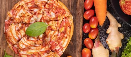 plano de pizza foto