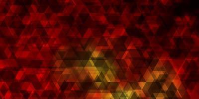 Telón de fondo de vector naranja oscuro con líneas, triángulos.