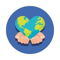 Manos levantando mundo planeta tierra con forma de corazón