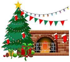 Chimenea con árbol de navidad y objetos sobre fondo blanco.
