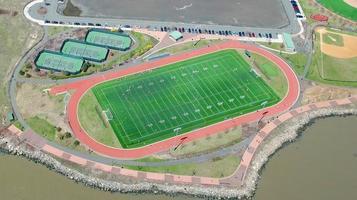 nueva york, ny, 2020 - vista aérea de un campo de fútbol