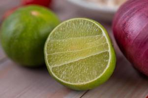 Half cut limes