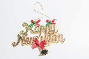 saludo de feliz año nuevo sobre fondo blanco