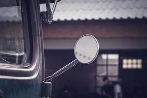 espejo de coche antiguo