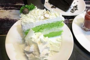 Green and white cake photo