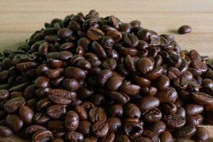 pila de granos de cafe